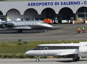 Aeroporto_di_Salerno_aerei