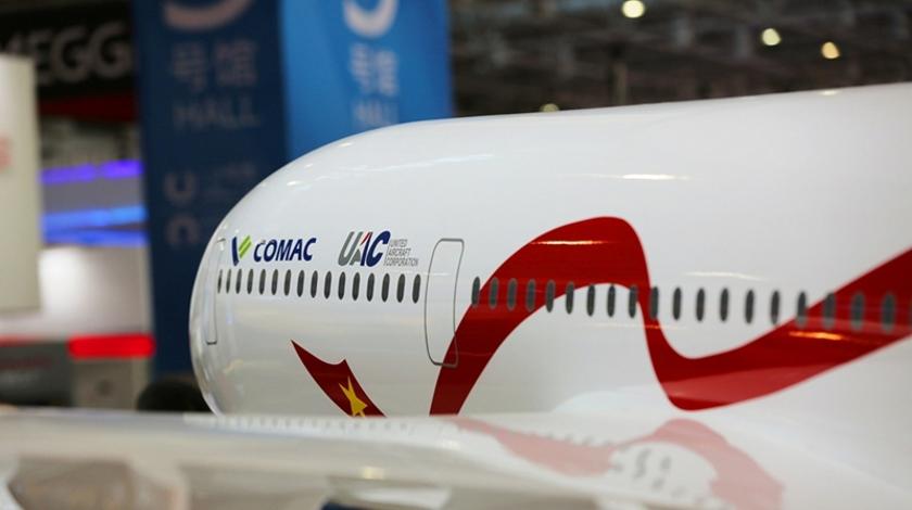 UAC - COMAC linea esterna del velivolo CR929